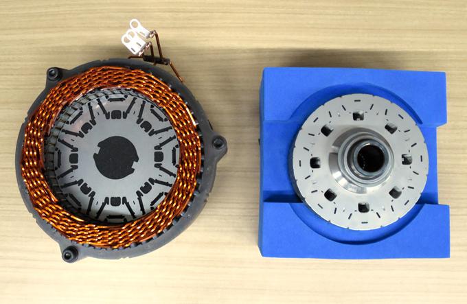 Toyota sviluppa il primo magnete al Neodimio ridotto per motori elettrici