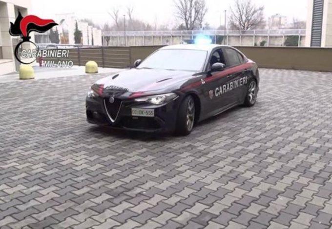 """Alfa Romeo Giulia Quadrifoglio e Carabinieri: accoppiata """"salva vita"""" in azione [VIDEO]"""