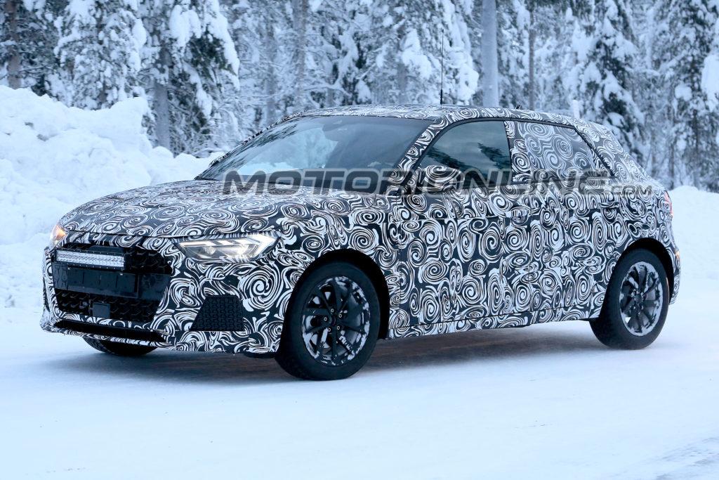 Audi A1: la nuova generazione alle prese coi test su strade innevate [VIDEO SPIA]