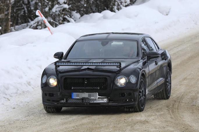 Bentley Flying Spur: la versione 2019 sarà ancora più lussuosa e spaziosa