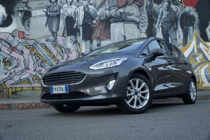 nuova ford fiesta titanium  il ritorno in grande stile