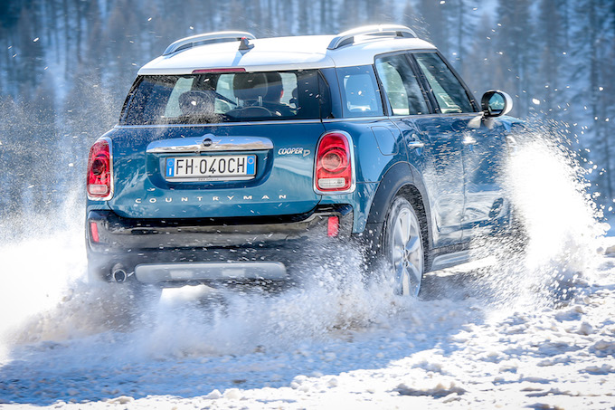 MINI ALL4 Experience Tour, go-kart feeling sulle nevi alpine [VIDEO TEST DRIVE]