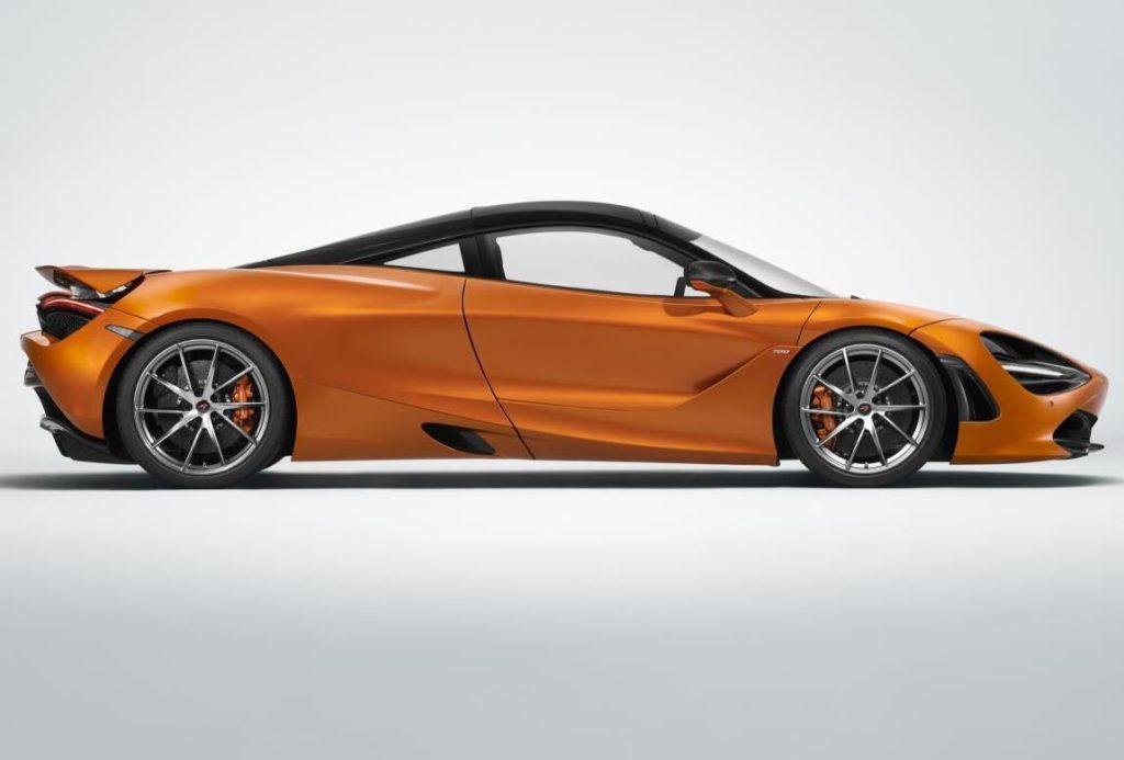 McLaren 720S nominata supercar più bella dell'anno 2017
