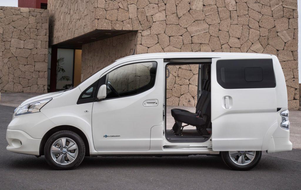 Nissan e-NV200 MY 2018: listino per l'Italia da 37.374,10 euro