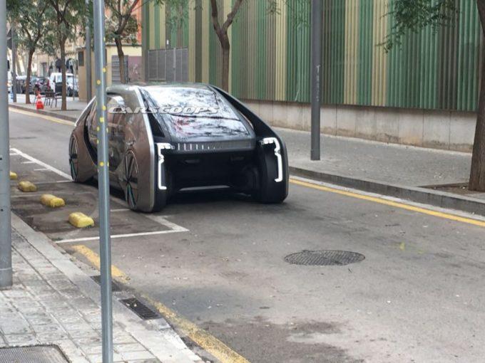 Renault: allo studio un nuovo concetto di mobilità urbana e condivisa [VIDEO]