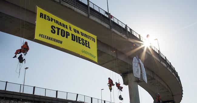 Stop auto diesel a Roma, Greenpeace: decisione positiva