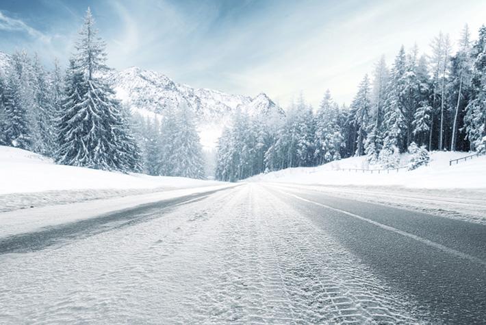 Italia al gelo: come guidare in sicurezza su neve e ghiaccio