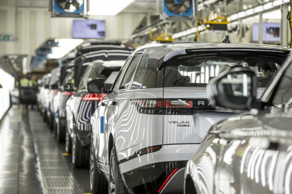 """Jaguar Land Rover è il """"Maggior produttore britannico di auto e motori del Regno Unito"""""""