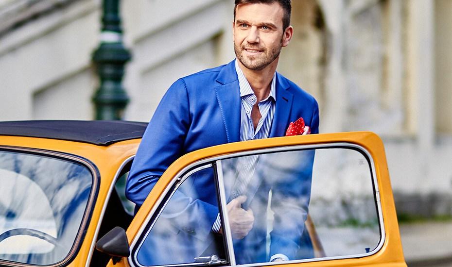 Moda in auto: i vestiti da evitare alla guida