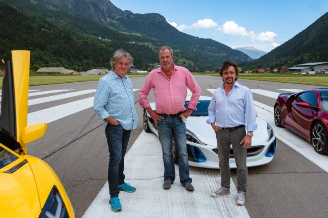 Hammond cade in moto, Clarkson si prende gioco di lui