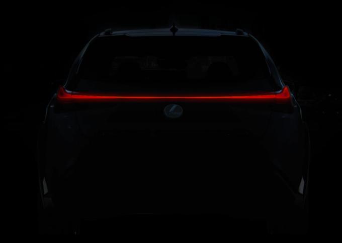 Lexus UX: il nuovo crossover compatto è realtà [LIVE STREAMING]