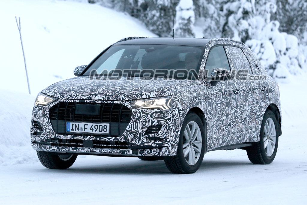 Audi Q3: il nuovo modello filmato durante i test su strade innevate [VIDEO SPIA]