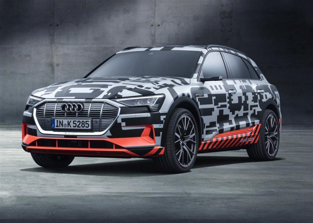 Audi Q6 e-tron, il prototipo del SUV elettrico è in mostra a Ginevra [FOTO e VIDEO]