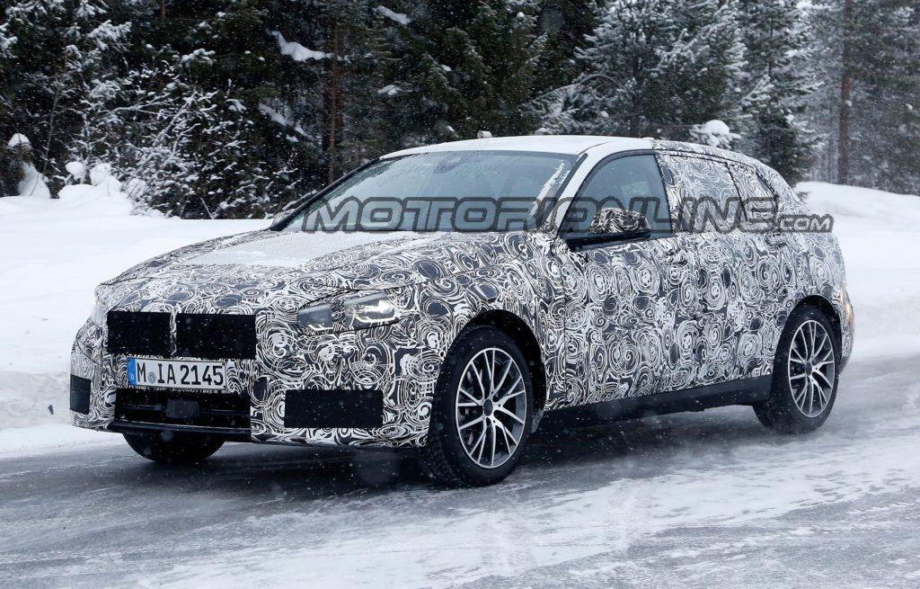Nuova BMW Serie 1: proseguono i collaudi [VIDEO SPIA]
