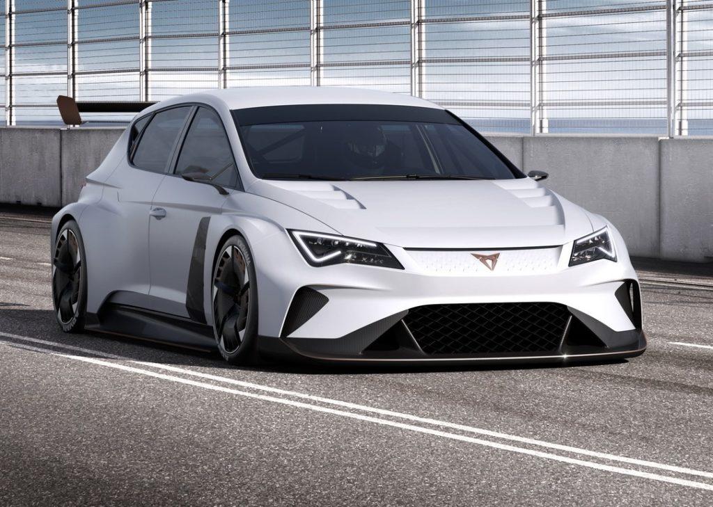 Cupra e-Racer: a Ginevra debutta la prima auto da corsa Turismo elettrica [FOTO e VIDEO]