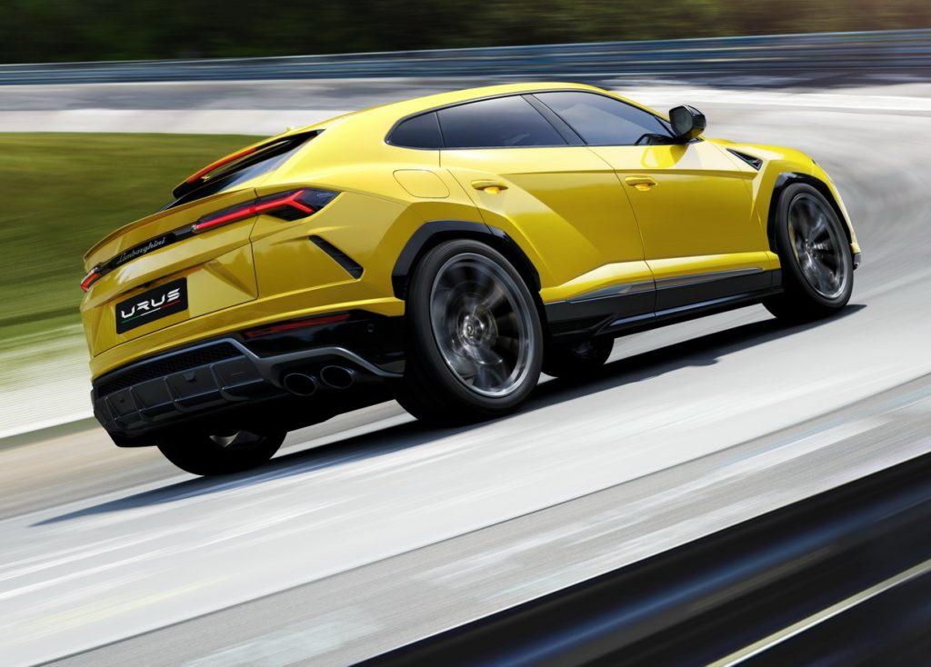 Lamborghini Urus, Domenicali traccia un futuro racing per il Super SUV