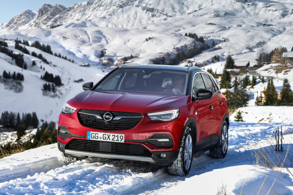 Opel Grandland X: con IntelliGrip trazione ottimale su ogni superficie