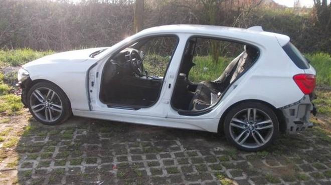 BMW Serie 1 rubata e ritrovata senza sedili e portiere