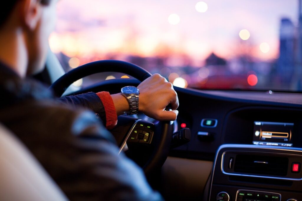 Artrosi e dolori articolari: consigli per la guida