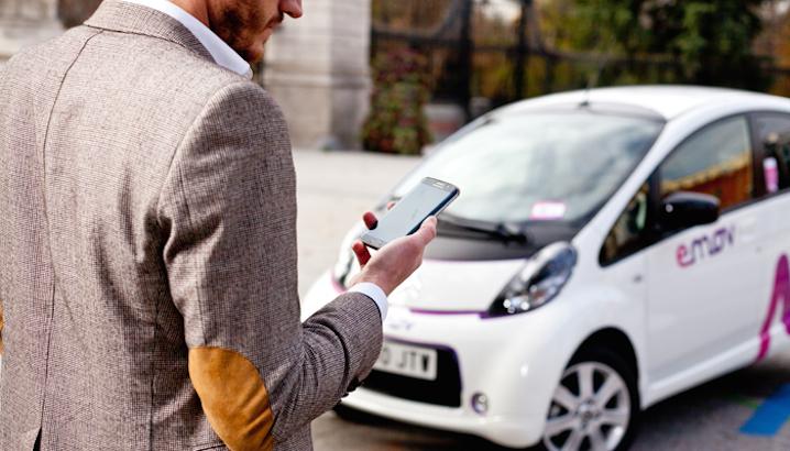 emov: arriva il car sharing elettrico a Lisbona