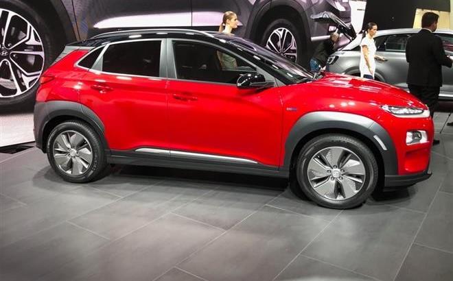 Hyundai Kona Electric: il SUV a zero emissioni al Salone di Ginevra 2018 [VIDEO LIVE]