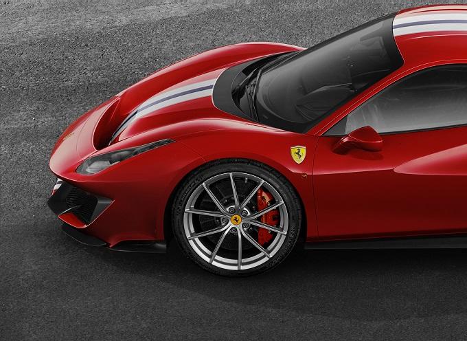 Michelin firma gli pneumatici della Ferrari 488 Pista