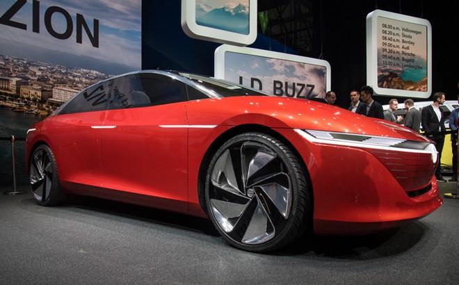 Volkswagen I.D. Vizzion: la concept al Salone di Ginevra 2018 [VIDEO LIVE]