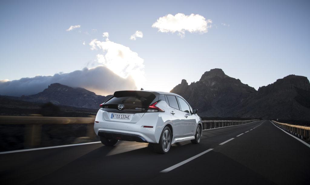 Nissan LEAF si conferma l'auto elettrica più venduta al mondo