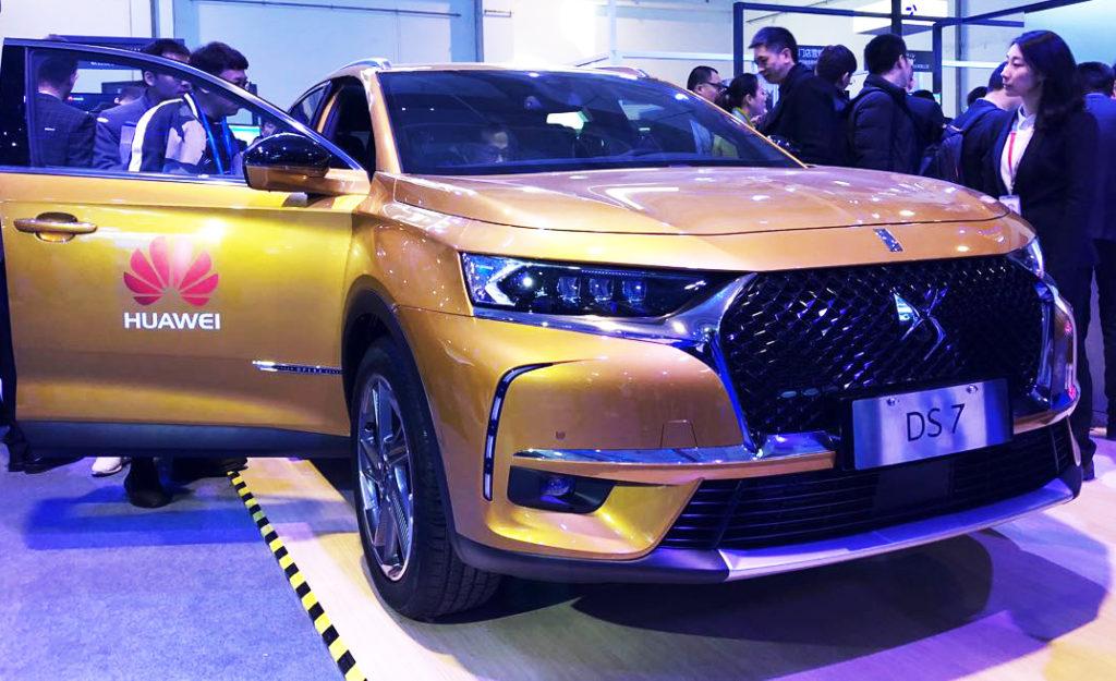 DS 7: la prima auto con tecnologia Huawei Connect Car