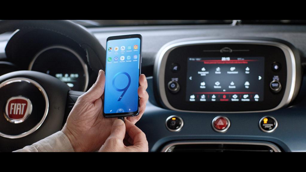 Fiat 500 regala il Samsung Galaxy S9 [VIDEO]