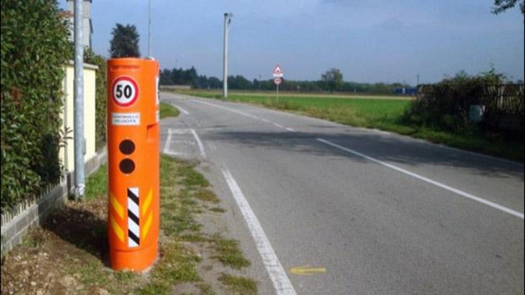Finti autovelox: «Non sono omologati», ma è boom sulle strade