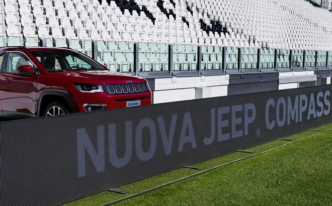 Jeep Compass: una versione speciale per Juventus-Napoli