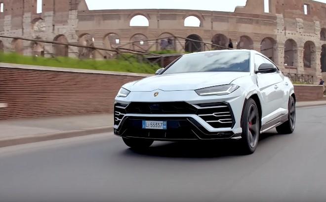 Lamborghini Urus: il SUV del Toro per le vie di Roma [VIDEO]