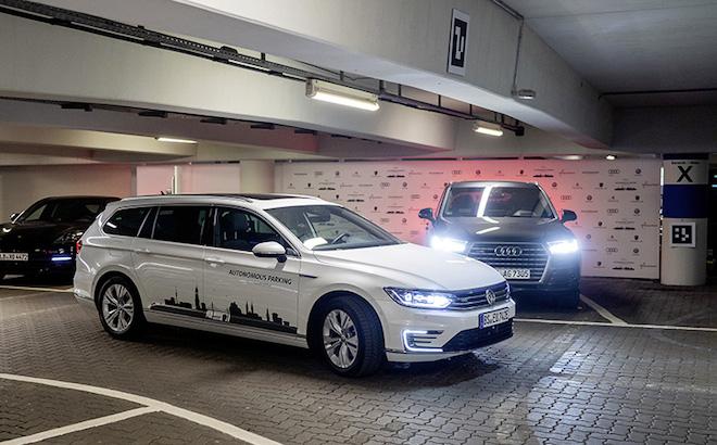 Volkswagen: parcheggio autonomo dal 2020