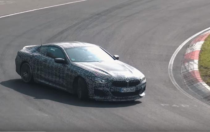 Nuova BMW Serie 8: la M850i xDrive si diverte a driftare al Nurburgring [VIDEO SPIA]