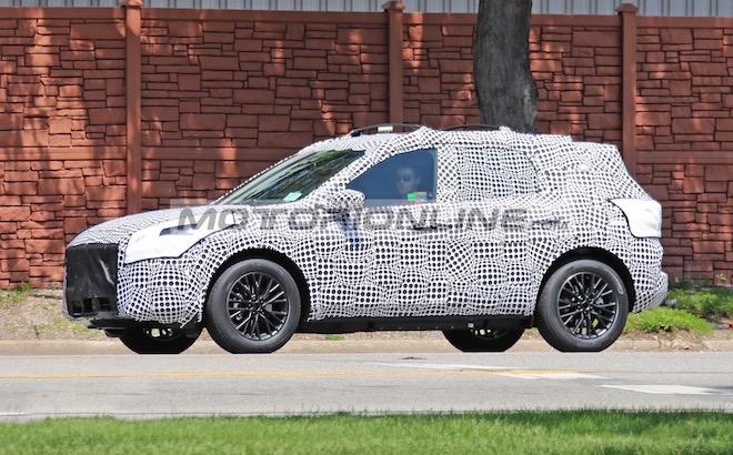 Ford Kuga plug-in hybrid - Foto spia 30-5-2018