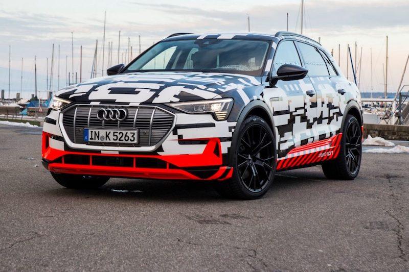 Audi e-tron: la versione di serie debutta il 30 agosto