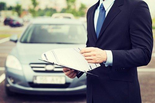 """Autocertificazione per pratiche auto: ecco come funziona il """"fai da te"""""""