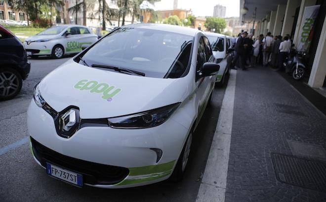 Eppy: debutta il car sharing elettrico Renault a Latina