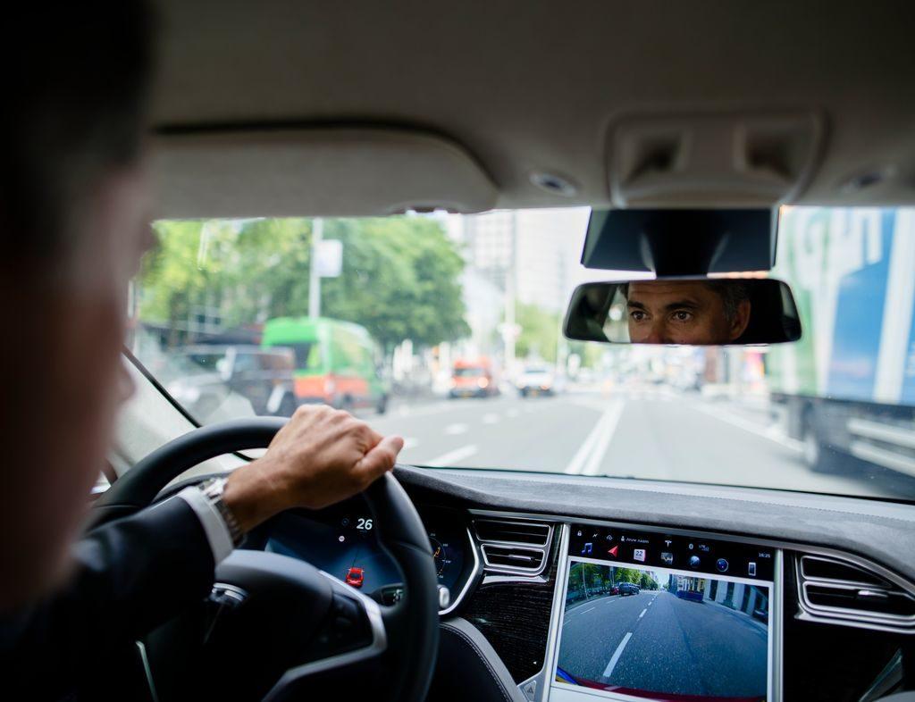 FreeeDrive App: così si riduce l'uso del cellulare durante la guida
