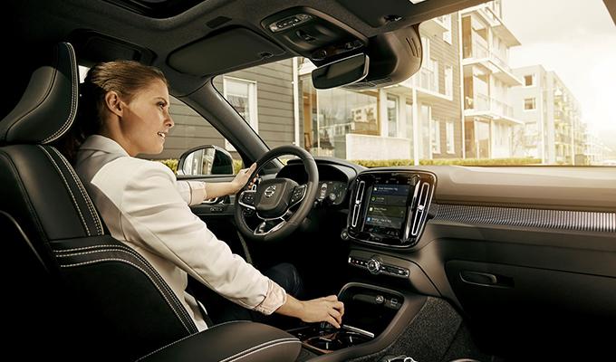 Volvo: l'infotainment del futuro è firmato Google