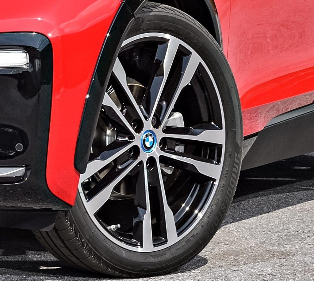 BMW i3s: Bridgestone ha sviluppato la Ologic Technology