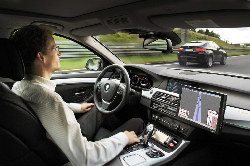 Le auto a guida autonoma potrebbero innalzare il fabbisogno energetico