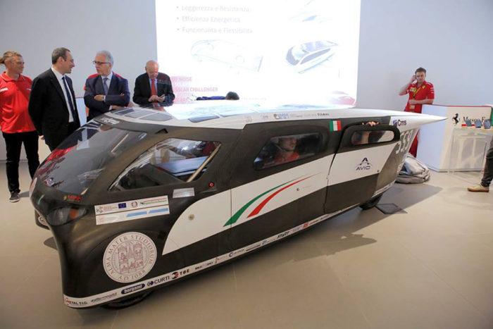 Emilia 4: ecco l'auto solare che consuma come un phon