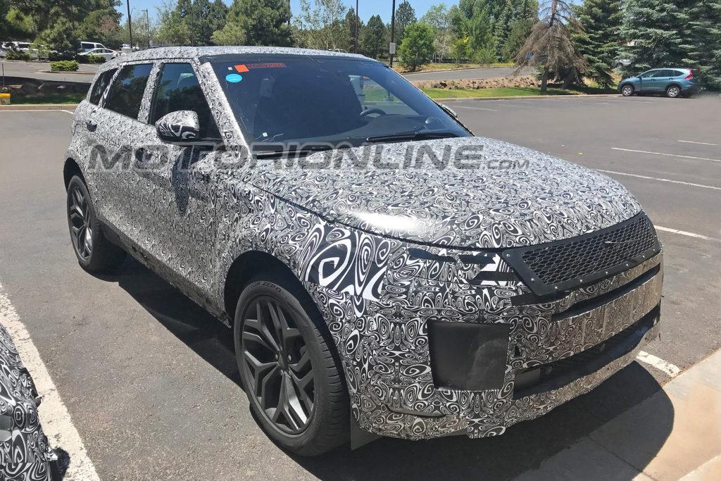 Range Rover Evoque foto spia 22 giugno 2018
