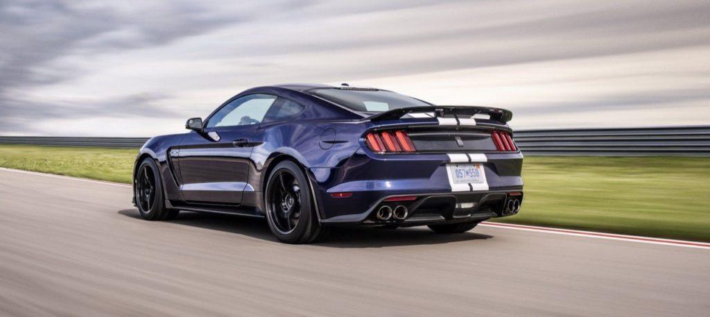 Ford Mustang Shelby GT 350 2019: aerodinamica rivista e ancora più potenza [VIDEO]