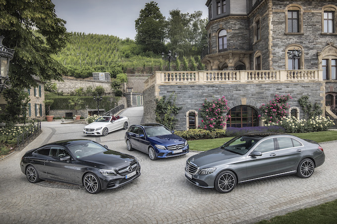 Nuova Mercedes-Benz Classe C, restyling a quattro facce [VIDEO TEST DRIVE]