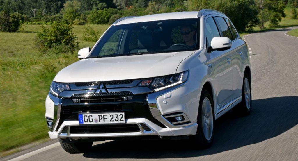 Nuova Mitsubishi Outlander PHEV: nel 2019 il restyling con più autonomia e potenza