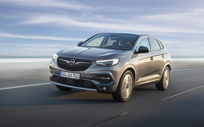 Opel Grandland X: il SUV conquista l'Off Road Award