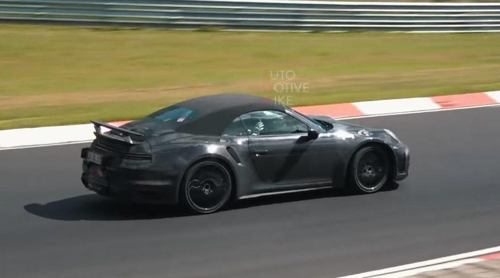 Porsche 911 Turbo S: filmata in pista la nuova generazione [VIDEO SPIA]